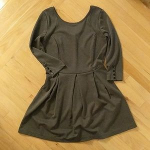 Pleated Dress with V Neck Back and Bow